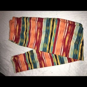 Lularoe OS striped leggings